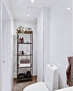 Selling our flat in Stockholm. #interior #design #stockholm #Kungsholmen #flat #sthlm #buy #lights #home #elite #beautiful #warm #welcome #new #nice #top #renovated #hashtag #ellehome #white #interiors4all