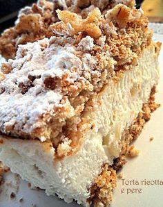 Queso ricotta y pera . Pear Dessert, Dessert Cake Recipes, Sweets Recipes, Cooking Recipes, Gateau Cake, Torte Cake, Italian Pastries, Plum Cake, Bread Machine Recipes