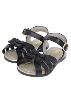 Sandália Kidy Menina Amar É Fashion Preto, confeccionada em material sintético. Apresenta laço decorativo na região superior e sola emborrachada. Fechamento por fivela. A Kidy possui sapatos com muito estilo, confortáveis e com detalhes que fazem a diferença.