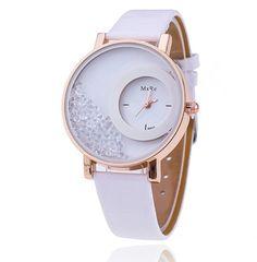 Dámské hodinky s přelévajícími se krystalky světle bílé – dámské hodinky Na tento produkt se vztahuje nejen zajímavá sleva, ale také poštovné zdarma! Využij této výhodné nabídky a ušetři na poštovném, stejně jako to udělalo …