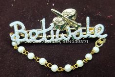 Welcome Brooche Contact us : 9871111388 (call & whats app) Welcome Gifts, Bride Look, Silver Beads, Wedding Designs, Kamar Bandh, Wedding Brooches, Designer Bangles, App, Jewelry