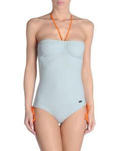 Bañador  de mujer color azul claro de FENDI FENDI Bañador mujer #bañador #swimsuit #monokini #maillot #onepiece #bathingsuit