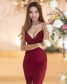 Tung Pang-Wild way, wild way media, wildto Womens Institute, My Kind Of Woman, Beauty Around The World, Hot Dress, Beautiful Asian Women, Asian Woman, Hot Girls, Curvy, Bodycon Dress