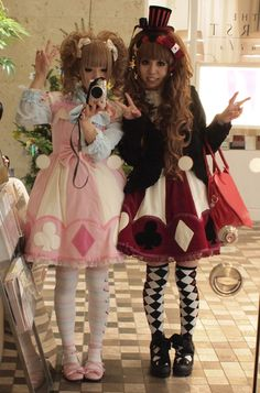 Outfit on right :3