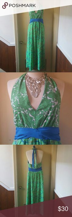 Gorgeous maxi dress Soft and comfortable dress perfect for a summer night out or wedding. Dresses