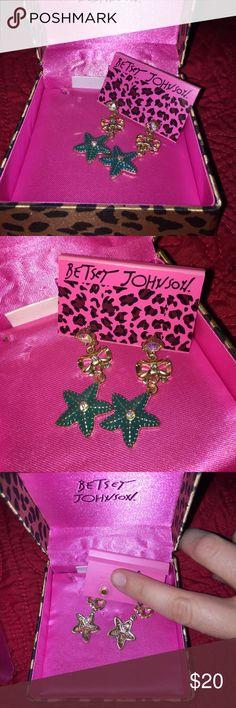 Betsey Johnson earrings Brand new! Starfish earrings. Very cute. Box not included Betsey Johnson Jewelry Earrings