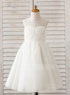 A-Line/Princess Knee-length Flower Girl Dress - Tulle/Lace Sleeveless Scoop Neck (010091381) - JJsHouse