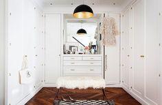 White Closet Doors With Gold Hardware