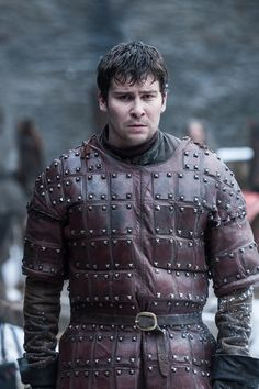 HBO has finally unveiled the first Game of Thrones Season 7 photos — over 40 of them, in fact! See them all here and try to decipher their plot points. Game Of Thrones Facts, Game Of Thrones Series, Game Of Thrones Costumes, Game Of Thrones Quotes, Game Of Thrones Funny, Game Thrones, Winter Is Here, Winter Is Coming, Daniel Portman