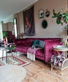 55 Totally Inspiring Bohemian Apartment Decor On A Budget - Home Design Bohemian Apartment Decor, Bohemian Decor, Bohemian Style, Modern Bohemian, Boho Chic, Bohemian Gypsy, Bohemian Interior, Retro Home Decor, Cheap Home Decor