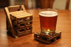 Miniature Pallet Drink coasters made entirely from reclaimed pallet wood! Learn how to make one at coming up soon at http://rusticdiyprojects.blogspot.com/