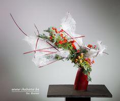 Sogetsu Ikebana Arrangement inspired on a White Christmas - by Ilse Beunen