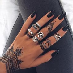 Henna Temp Tatts and Sterling Silver pieces available on the site ✖️INDIGOLUNE.com✖️