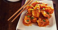 I love Asian food, but I don't particularly love the guilty feelings that often come along with eating it. Orange chicken is one of my favorite Asian dishes, and I. Asian Recipes, Healthy Recipes, Ethnic Recipes, Skinny Orange Chicken, Great Recipes, Favorite Recipes, Chinese Food, Tandoori Chicken, Chicken Wings