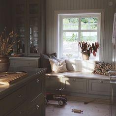 Home Interior, Kitchen Interior, New Kitchen, Interior Design, Cottage Kitchens, Home Kitchens, Küchen Design, House Design, Interior Inspiration