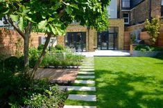 Southfields Garden - Contemporary - Garden - London - by Tom Howard Garden Design and Landscaping Contemporary Landscape, Landscape Design, Garden Design, Contemporary Gardens, Modern Gardens, Back Gardens, Outdoor Gardens, London Garden, Sloped Garden