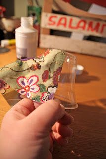 DIY, Crafts  Other Projects: DIY: Lampshades with Clear - Throw Away Party Cups