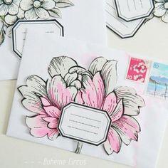 DIY enveloppes fleuries - How to create a floral collection of envelopes - Bohème Circus Diy Envelope, Envelope Design, Envelope Addressing, Cool Stuff, Mail Art Envelopes, Art Postal, Fun Mail, Decorated Envelopes, Pocket Letters