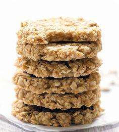 3 Ingredient Healthy Applesauce Oatmeal Cookies Oatmeal Cookies No Flour, Oatmeal Applesauce Cookies, Healthy Oatmeal Cookies, Healthy Cookie Recipes, Almond Cookies, Applesauce Recipes, Healthy Sugar Cookies, Diabetic Desserts, Diabetic Recipes