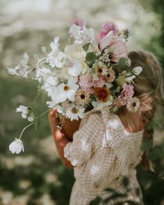 Bunch Of Flowers, Love Flowers, Fresh Flowers, Wild Flowers, Beautiful Flowers, Wedding Flowers, Boho Wedding Decorations, Flower Farm, Dahlia