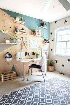 Creative Home Office Design Ideas. Hence, the requirement for home offices.Whether you are planning on including a home office or renovating an old space into one, right here are some brilliant home office design ideas to aid you get going. Retro Home Decor, Easy Home Decor, Cheap Home Decor, Home Decoration, Peg Board Walls, Peg Boards, Bedroom Wall, Bedroom Decor, Nursery Decor
