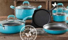 pioneer woman dinnerware | Have you seen any of the new Pioneer Woman kitchen products at Walmart ...