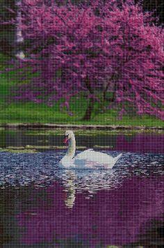 Swan+in+purple+cross+stitch+pattern+in+pdf+DMC