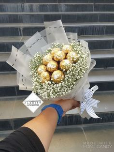 Seeing beautiful flowers makes you feel good Page 6 of 54 Lialip Seeing beautiful flowers makes you feel good Page 6 of 54 Lialip Nurul Yun cintaku roy Chocolate flowers bouquet nbsp hellip day food aesthetic Food Bouquet, Gift Bouquet, Candy Bouquet, Bouquet Flowers, Red Flowers, Vintage Flowers, Valentine Bouquet, Valentine Gifts, Birthday Bouquet