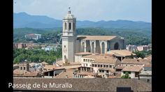 Places to see in ( Girona - Spain ) Passeig de la Muralla  Due to the strategic location of Gerona as border town and the passage of defenders and invaders to other lands armies this conditional on the construction of the wall of Girona ( Passeig de la Muralla )  a construction Carolingian defensive stone located in the same city Spanish of Gerona  Catalonia . Passeig de la Muralla has been of Cultural Interest since 1967.  The visitor can stroll along Passeig de la Muralla route from which…