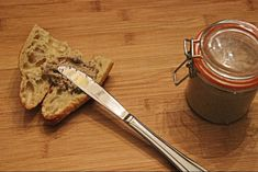 Cretons cremeux a la mijoteuse | Rillettes de porc cremeuse Crockpot, Breakfast, Tableware, Kitchen, Greedy People, Morning Coffee, Dinnerware, Cooking, Crock Pot