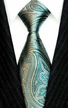 I love this tie! It's a Lorenzo Cana - Italian Silk Tie Turquoise Lightgreen Green Paisley Silver Jacquard Woven Necktie and looks amazing when paired with the black suit Sharp Dressed Man, Well Dressed Men, Moda Men, Mode Costume, Paisley Tie, Tie And Pocket Square, Pocket Squares, Mens Attire, Cool Ties