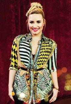 Demetria Lovato X Factor Denver Fashion Crazy fun! Demi Lovato Pictures, Chic Outfits, Fashion Outfits, Celebs, Celebrities, Pretty Boys, Dress To Impress, Autumn Fashion, Wrap Dress