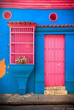 Pink Door and Blue Building in Cartagena, Colombia / Caribbean colors by David Juan on Cool Doors, Unique Doors, The Doors, Windows And Doors, Front Door Colors, Grand Entrance, Door Knockers, Doorway, Stairways