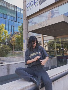 #aesthetic #outfits #ootd #fashion #style #instagram Style Instagram, Ootd Fashion, Mom Jeans, Photo And Video, Outfits, Black, Tall Clothing, Black People, All Black