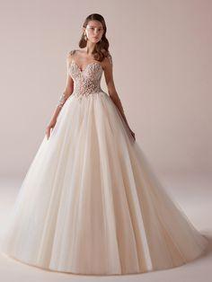 Vestido de novia en rosa
