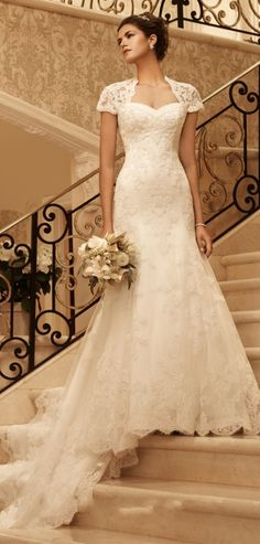 wedding dress wedding dresses Chapel Train Keyhole Back Lace Queen Anne Empire Lace Wedding Dresses