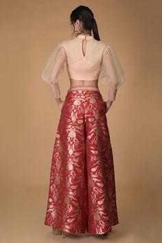 Lehengas Silk Brocade, Silk Organza, Red Silk, Silk Top, Kurta Designs, Blouse Designs, Indian Wedding Outfits, Wedding Dress, Palazzo Trousers