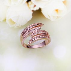 Crystal Crown Alloy Rose Gold Plated Women's Ring fashion.
