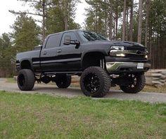 Lifted Chevy Trucks, Gm Trucks, Diesel Trucks, Cool Trucks, Chevy 2500hd, 2002 Chevy Silverado, Chevy Chevrolet, Silverado 1500, Country Trucks