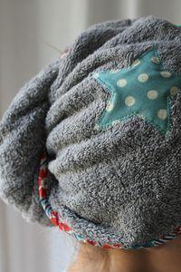 Turbans de bain – Un et Un font Quatre Coin Couture, Couture Sewing, Louise Bourgeois, Turbans, Sewing Online, Textiles, Sewing Accessories, Crochet Clothes, Sewing Projects