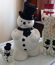 Vintage & Retro Cookie Jars.  These so remind me of Aunt Alicia!!!@Flo Fliehmann @Carla Bacigalupi