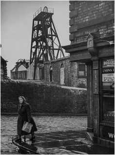 An Elswick Colliery is recorded around this one ceased production in the winding rope is still in place Black N White Images, Black And White, Coal Miners, Northern England, Industrial Photography, Time Photo, Historical Pictures, British History, Old Photos