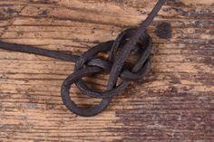 Einen Keltischen Herzknoten knüpfen - Battle-Merchant Blog Diy, Jewelry, Blog, Decor, Craft, Knots, Jewerly, Diy Necklace, Bracelet Tutorial