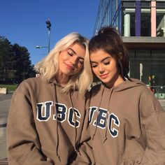 Best Friend Goals Af, Best Friend, and Friends: Friendship goals af TAG YOUR BEST shirt bff t-shirt bff lifestyle best friend shirt blouse bff bestfriend shirt closet goals Foto Best Friend, Best Friend Photos, Best Friend Goals, My Best Friend, Friend Pics, Bff Goals, Squad Goals, Shooting Photo Amis, Friend Tumblr