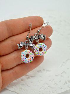 Boucles d'oreilles donuts, petits beignes en polymère Fimo, boucles pendantes…