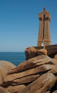 #Ploumanach Navigation #Brittany #Lighthouse #France