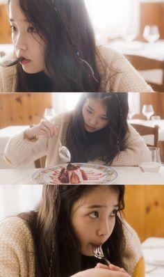feeling strange again Girl Photo Poses, Girl Photos, Scarlet Heart Ryeo Cast, Kpop Girl Groups, Korean Beauty, Me As A Girlfriend, Korean Singer, My Idol, Korean Fashion
