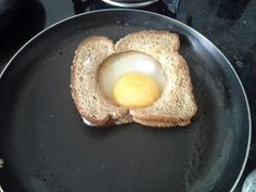 Pão com ovo moderno