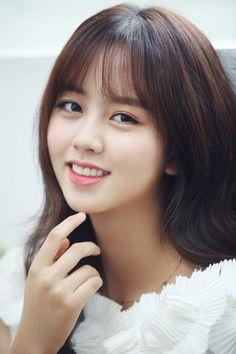 Ulzzang Korean Girl, Cute Korean Girl, Korean Actresses, Asian Actors, Korean Actors, Korean Beauty, Asian Beauty, Kim So Hyun Fashion, Kim Sohyun