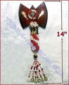 hacha para shango orisha. wooden axe for shango orisha.